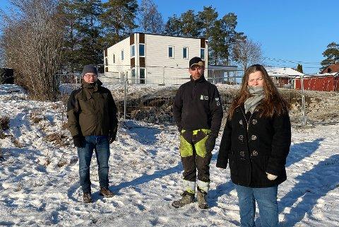 BEKYMREDE NABOER: Stian Aasen, Christian Gøthe (39) og Marianne Gøthe Gorseth (43).