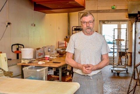Jan Erik Evensen er daglig leder ved Evensen Bakeri i gågata i Askim. Arkivfoto.