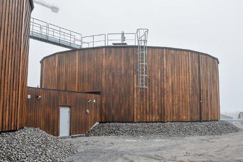 Dette er de nye høydebassenget i Skiptvet. De ligger 170 meter over havet noe som er 20 meter høyere enn det gamle bassenget. Til sammen kan de to bassengene fylles med 3.000 kubikk med vann.