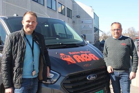 Anders Sand blir leder for den nye avdelingen, forteller Tollef Berger, daglig leder i Askim og Mysen Rør as.