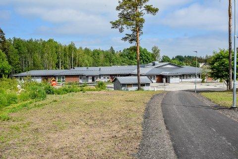 Taket på Vestgård skole skaper fortsatt problemer.