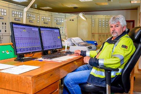 ÅPNES IKKE MED DET FØRSTE: Hafslund ECO vil ikke lenger sørge for renholdet av toalettene på Solbergfoss, forteller vedlikeholdsleder på Solbergfoss kraftverk, Rolf Engen.