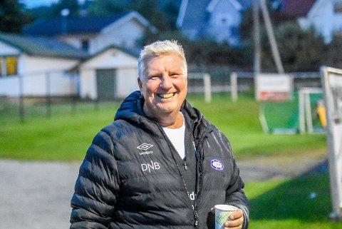 HAR TROEN: I flere år har Per-Egil Aas jobbet for et nytt garderobeanlegg for Mysen IF fotball. Nå tror han det går mot bygging.