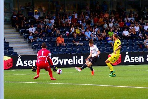 Sigurd Haugen var nære på å senda Sogndal i leiinga i 2. omgang.