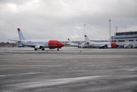 Stavanger lufthavn Sola har hatt en nedgang i utenlandstrafikken forrige måned.