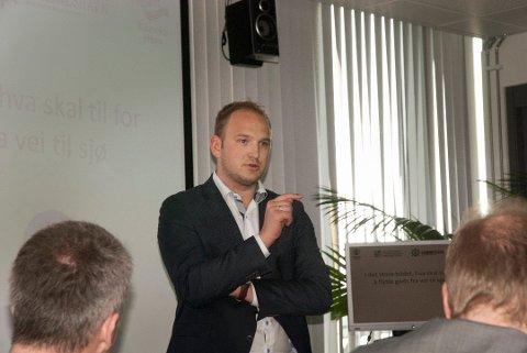 Samferdselsminister Jon Georg Dale (Frp) sier til Solabladet at han vil legge til rette for at rushtidsavgiften på Nord-Jæren kan fjernes fra årsskiftet.
