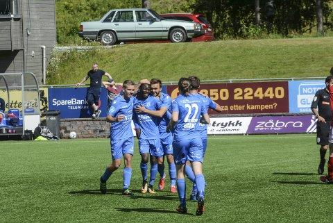 VIKTIG SEIER: Eric Kitolano og Notodden FK vant 3-0 over Bryne. foto: trond kaasa, telen