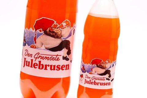 JULEBRUS: For mange i Telemark er den grumsete julebrusen viktig. Denne uken er den på vei ut i butikkene.