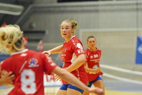 TOPPSCORER: Cecilie Løvdal scoret åtte ganger mot Sola, men det ble likevel stortap for laget som lå bak Gjerpen på tabellen før onsdagens viktige kamp.