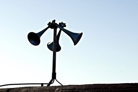Signalet sendes i tre serier med ett minutts opphold mellom seriene. Foto: Dag G. Nordsveen