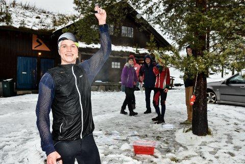 Simen Wästlund vzant både ribbeløpet i orientering og romjulscupen i håndball på samme dag.