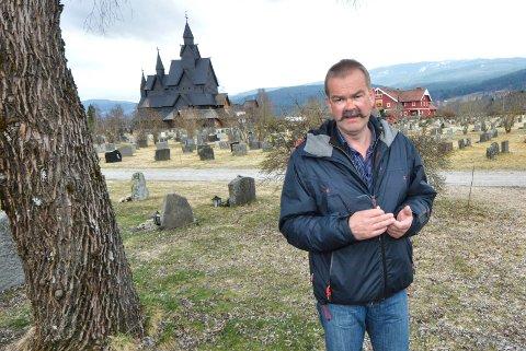 Kirkeverge Håvard Russnes sier at et kjølerom vil komme på plass i Heddal kapell i løpet av vinteren.