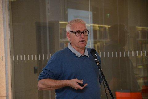 MÅ TA ANSVAR: -Om ikke partiet tar ansvar og får ungdommen med, lever vi farlig, mener Jonny Pettersen.