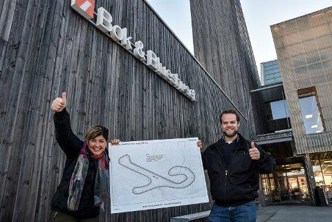 Gry Fuglestveit og Sondre Deila Rivrud innviterer til folkemøte om asfaltbane på Bok- og blueshuset