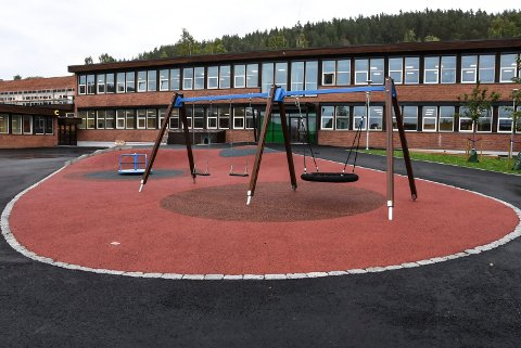 INNKJØRINGSPROBLEMER: Konstituert rådmann Jan Erik Søhol innrømmer at det har vært noen utfordringer i innkjøringsfasen i det renoverte skolebygget.