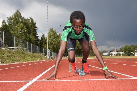Markus Nesholen har hatt store framganger på friidrettsbanen denne sesongen.