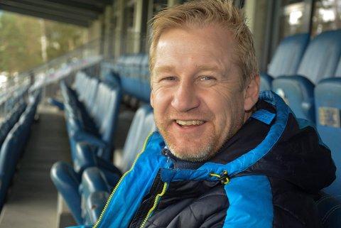 GIR SEG: Stian Lund gir seg etter tre år som styreleder i Notodden Fotballklubb.