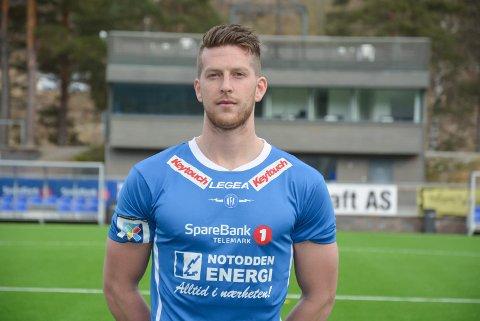 REISER: Steffen Jenssen bytter ut den blå NFK-trøya, med den gule Ull/Kisa-drakten.