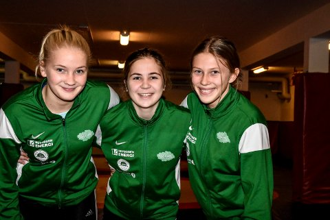 Snøgg Bryting. Tre unge landslagsbrytere: Synne Marie Eriksen, Kristine Haugen og Anne Svarstad har gullsjanser i Porsgrunn.