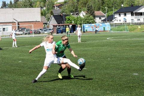 Tøff kamp: Julie Kjosvold Pedersen er klar for en tøff kamp, og Snøgg skal kjempe hardt.