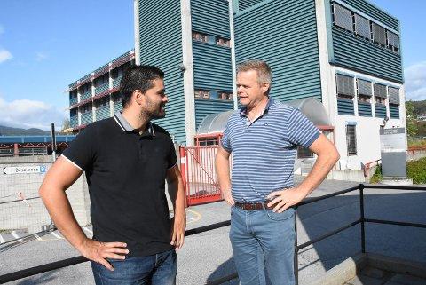 BLÅLYS: Ordførerkandidatene Nuno Marques i Notodden og Øystein Timland i Hjartdal setter fokus på blålysetaten mandag.