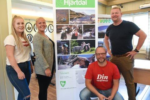 KAMPSAK: Hanne Marte Grøgård, Tanja Lia, Bengt Halvard Odden og Audun Dølen i Hjartdal Arbeiderparti ønsker at den nye barnehagen i Hjartdal blir helt annerledes.