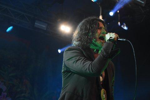 LIDENSKAPELIG: Vokalist Jay Buchanan ga alt for Notodden på lørdagens siste konsert.