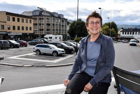 """PREMIERE: Anne Grimstad Fjeld kommer med """"Ulendt terreng"""", en forestilling om sitt eget liv og opplevelser de siste årene."""