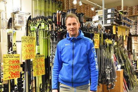VENTER PÅ SNØEN: Kenneth Thorstensen bare venter å at snøen kommer tilbake i februar.