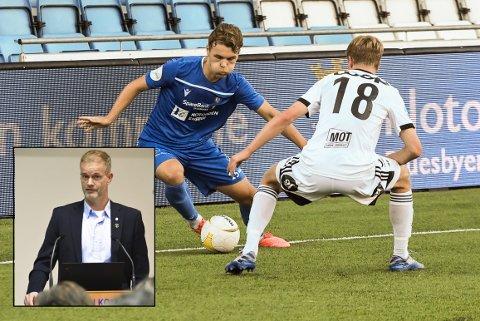 VIL HJELPE: Rådmann Per Sturla Wærnes (Innfelt)  anbefaler at Notodden kommune hjelper Notodden Fotballklubb med penger i dette vanskelige året. Elers NFKs eget talent Espen Hagen i en duell i oppgjøret mot Rosenborg 2 tidligere i år..
