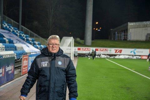 SOLIDARITET OG MORAL: Per Arne Hansen mener klubbledere som forsøker å fiske spillere under korona-krisen vil være sportslige døde og tape all anseelse i norsk fotball.