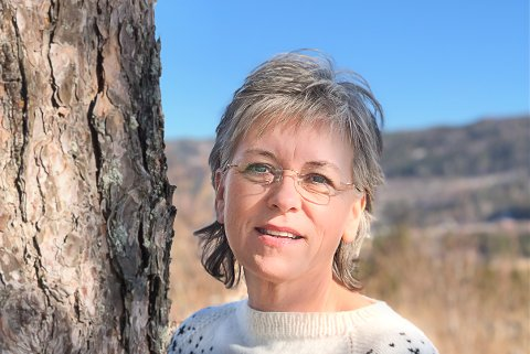 Ved Kongsberg krisesenter merker leder Anita Skullestad og hennes stab at det begynner å røyne på i mange hjem nå. Stadig flere tar kontakt.