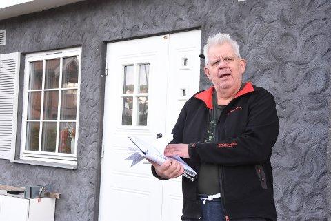 KLAGET: Tor Furuvald tror ikke alle vil klare å finne og fylle ut skjemaene på Skatteetatens nettsider som må til for å få klaget på boligverdien som utgjør grunnlaget for eiendomsskatten. Han gjorde det for moren for en måned siden, men har ikke fått svar, så i morgen nå må regningen likevel betales.