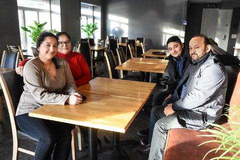 Fortatt plass: My Pizza Restaurant har fått mange bordbestillinger til 17. mai. Zalim Dilovan, Bedirhan Dilovan, Gørsev Dilovan og Zelal Dilovan ønsker hjertelig velkommen.