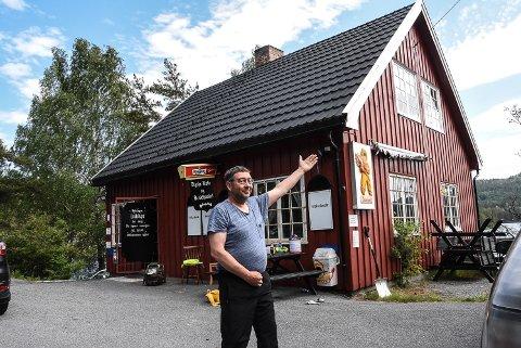 GLAD: NJFFs Ole Henning Skogen er svært glad for at  Elgsjø kafe snart skal åpne igjen.