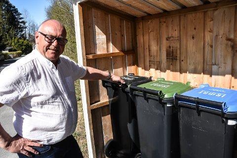 """IKKE PLAST: Av de fire nye avfallsbeholderne som nå rulles ut, har ingen blitt merket """"plastavfall"""". – Det handler om prioriteringer av fordeler og ulemper, sier prosjektleder i IRMAT, Halfdan Haugan."""