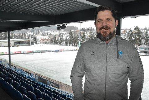 TRENER: Arve Bjerkan er tilbake som trener. Nå er det 15- og 16-åringene i Notodden Fotball han skal utvikle til fremtidige A-lagsspillere.