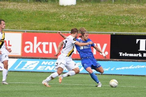 Kristian Eggen starter på vingen borte mot Arendal.