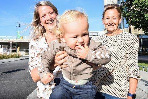 ÅNON VAR LÆRER'N: Ånon Nevestveit-Djuve var hovedpersonen da fjerdeklasse på Tveiten skole lærte om empati, følelser og respekt forrige skoleår. Nå anbefaler mamma Anne Dale Nevestveit, og folkehelsekoordinator i Notodden, Signe Hordvei, flere nybakte foreldre til å bli med på skoleprosjektet i barnets første leveår.