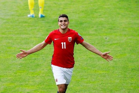 Mohamed Elyounoussi strålte for Norge mot Sverige, men mener mye mangler i norsk klubbfotball. Foto: Tore Meek / NTB scanpix