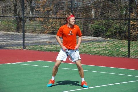 Kjærligheten til tennis var det som fikk Egil Brudvik til å forlate Åsgårdstrand til fordel for Kentucky i USA.
