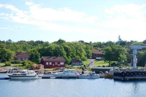 IDYLL: Mange har et forhold til Østre Bolærne, men lenge var driften av øya en hodepine for eierne. Nå har Nøtterøy kommune vært ene-eier i et år. Roar Jonstang kaller det en suksess.