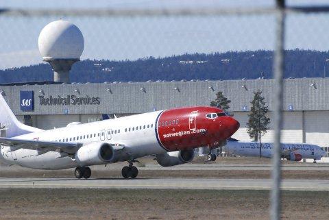 KRISE: Norwegians omdømme er svekket av de mange kansellerte avgangene den siste tiden. Men skaden blir ikke varig, tror kommunikasjonsrådgiver Paal Bjønness.