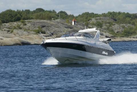 FÅR STØTTE: Tidligere redningsskøyteskipper Torger Torgersen skriver at han kjenner seg igjen i Stine-Marie Schmedlings beskrivelser av uvettig og hensynsløs båtkjøring.