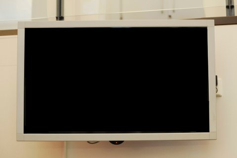 Snart har 100.000 TV-kunder et problem. Nå ber Telenor om hjelp.