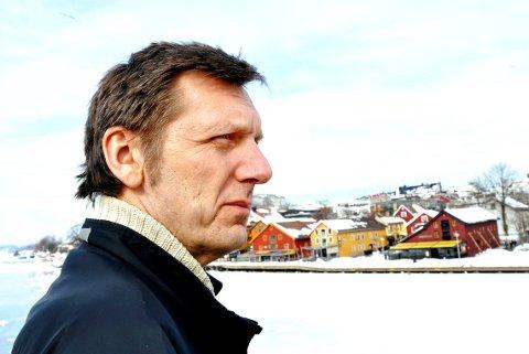 «DATOEN»: Ronny Bjune forteller om livet sitt i beste sendetid hos NRK.