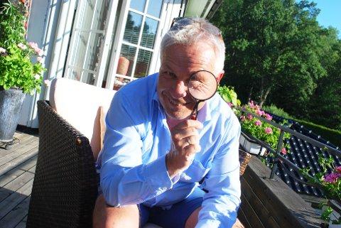 FORTSETTER: Tidligere politimann Jan-Robert Henriksen har kommet med sin andre bok i politikrimserien.