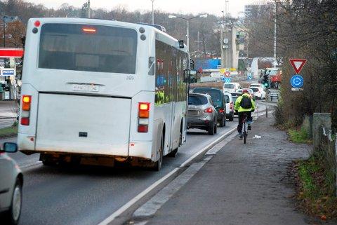 ANBEFALER MUNNBIND: Færder kommune ber reisende til og fra Tønsberg om å ta på munnbind.