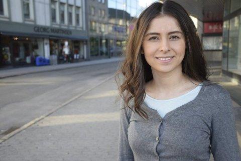 ANDRE PLANER: Lozan Balisany vil prioritere studier og jobb i neste stortingsperiode, og stiller derfor ikke til valg neste år. Om hun vil sikte mot Stortinget ved en senere korsvei, er for tidlig å si nå, mener hun.