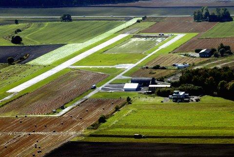 FLYTTET IGJEN: VM på Jarlsberg flyplass er avlyst for annen gang, og skal nå holdes sommeren 2022.